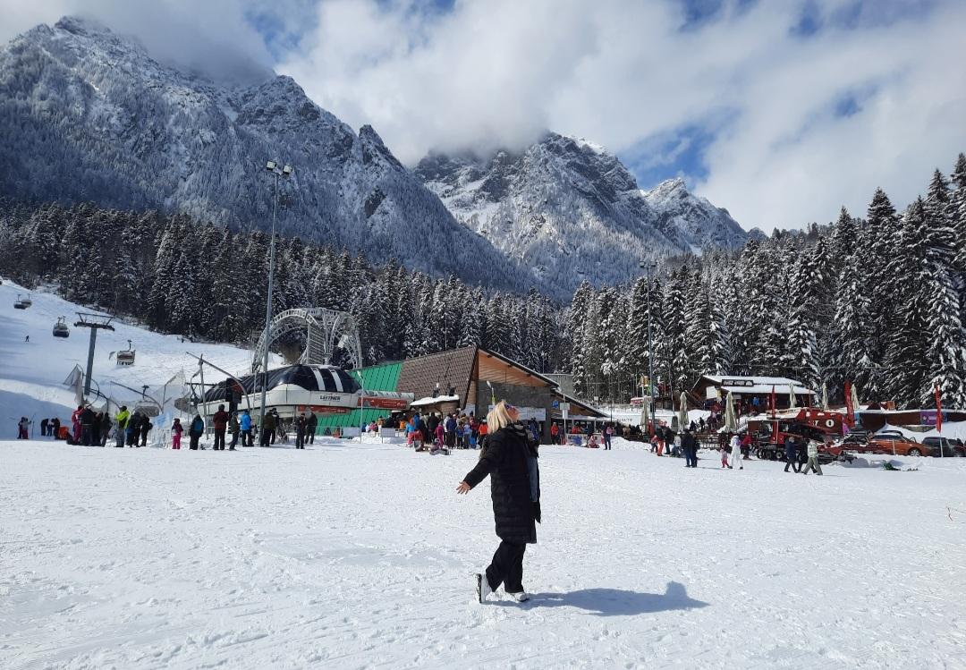Zăpada, o fascinație plină de licăr…
